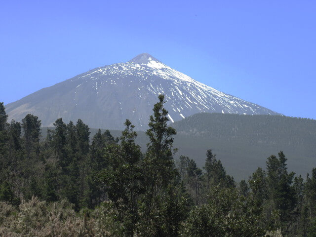 El Teide is situated on Tenerife and is with 3715 meter the highest point of Spain.